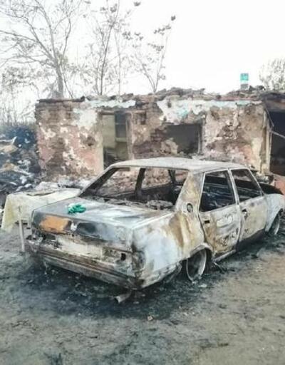 Babaeski'deki yangında ev ve otomobil kullanılamaz hale geldi