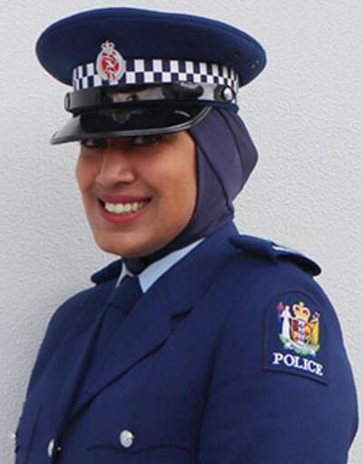 Yeni Zelanda'da emniyet teşkilatı üniformalarına başörtü izni