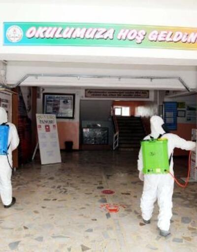 Nizip'te okullar dezenfekte edildi
