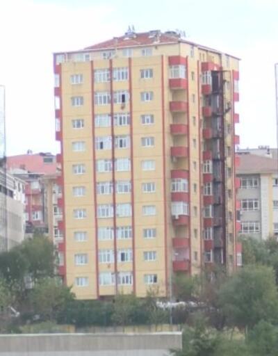 Fırsatçılar eski binaları makyajlayıp satıyor | Video