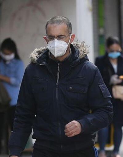 İngiltere'de son 24 saatte 15 bin 450 yeni koronavirüs vakası
