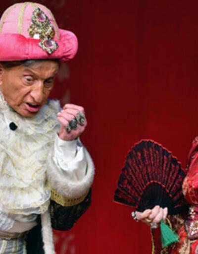 Tiyatroda koronavirüs şoku!