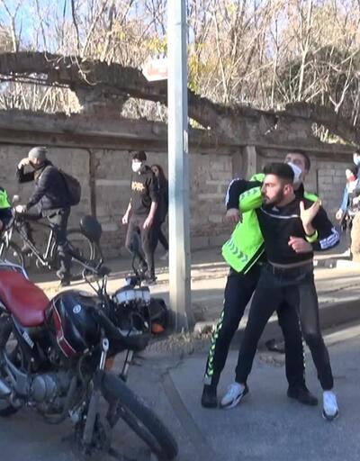 Kaza sonrası ortalık karıştı! Polis güçlükle ayırdı
