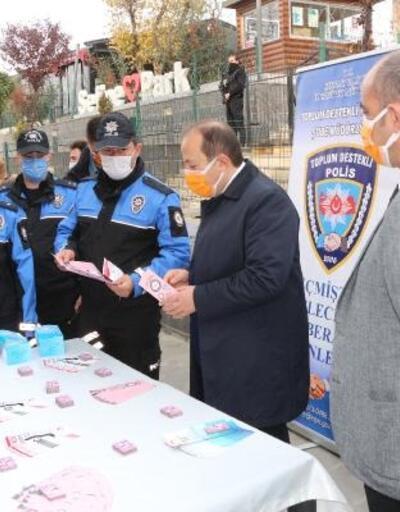 Şırnak'ta kadınlara KADES uygulaması anlatıldı