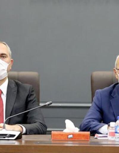 Son dakika haberi... Bakan Elvan ve Gül iş dünyası ile görüşecek