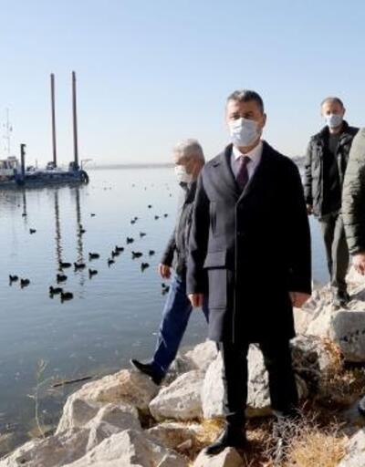 Başkan Şimşek: Mogan Gölü'nün temizliği için İmbat gemisi Mogan'a indi