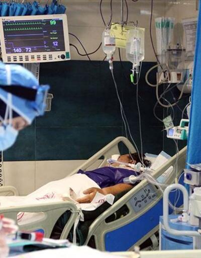 İran'da son 24 saatte 391 kişi Kovid-19'dan öldü