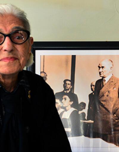 Atatürk'le fotoğrafı bulunan Remziye Tatlı , 99 yaşında hayatını kaybetti