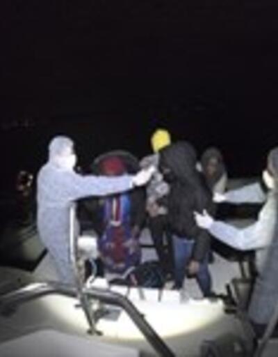 İzmir'de 37 kaçak göçmen kurtarıldı