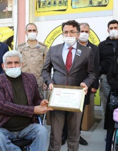 Kızıltepe'de engellilere akülü sandalye desteği
