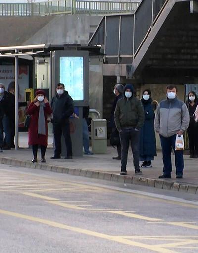 1 buçuk saat otobüs beklediler | Video