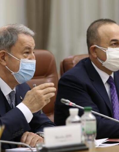 Akar ve Çavuşoğlu, Ukrayna başbakanıyla görüştü