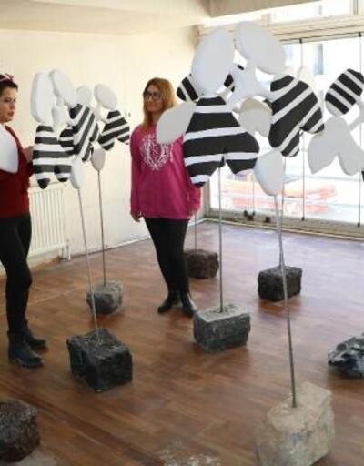 Hakkari'nin ilk heykel sergisi, sanat evine dönüştürülen çay evinde açılıyor