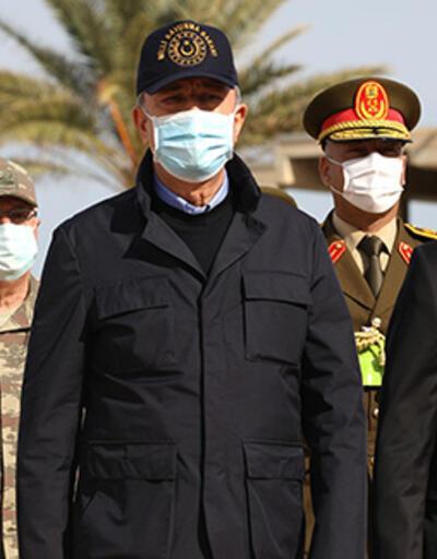 Bakan Akar ve TSK komuta kademesi Libya'da