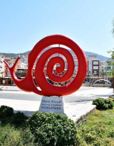 Narlıdere modern heykellerle süsleniyor
