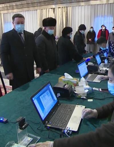 Kırgızistan seçimini yaptı | Video