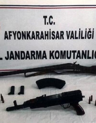 Silah ticaretine 2 gözaltı