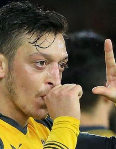 Mesut Özil'in forma numarası belli oldu