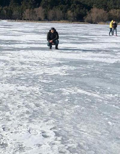 Soğuk hava gölü dondurdu