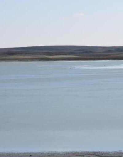 Konya'daki Küçük Göl dondu