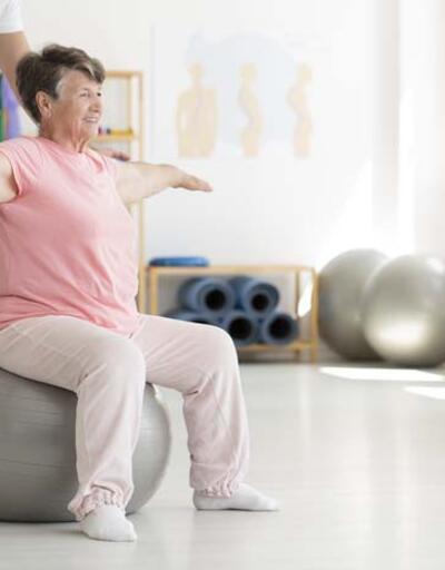 65 yaş ve üzeri kişilere sağlıklı kalma önerileri