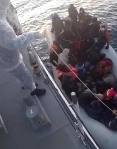 İzmir'de 32 kaçak göçmen kurtarıldı