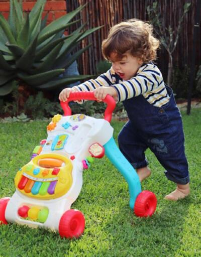 Yürüteç çocuğun yürümesini geciktiriyor
