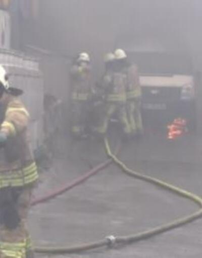 Sancaktepe'de minibüs yangını