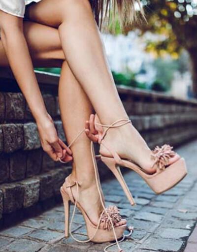 Topuklu ayakkabı 'doğurganlık' mesajı mı veriyor?