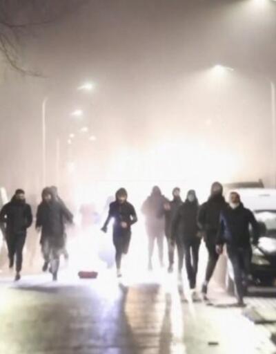 Hollanda'da karantina protestolarının 3. günü...