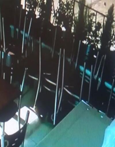 Camı kırıp kasayı boşalttılar