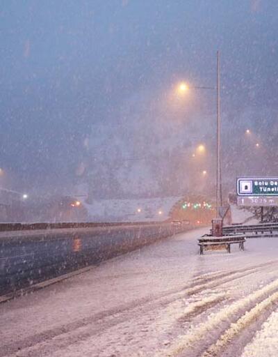 Bolu Dağı'nda kar yağışı!