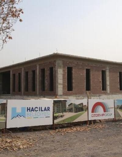 Hacılar'da Aile Sağlığı merkezi inşaatı devam ediyor