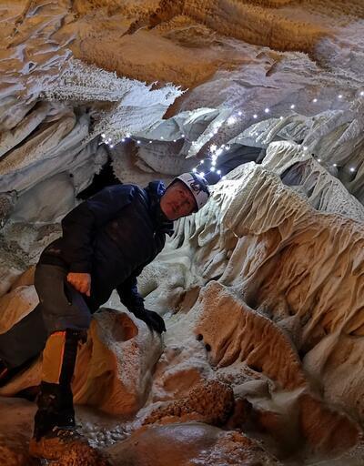Dağcılar, Sümbül Dağı'nda 2 yıl önce keşfetikleri mağarayı gezdi