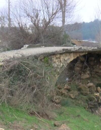 Tarihi taş köprü betona yenildi