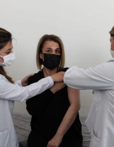 Nevşehir Valisi Becel, aşı oldu