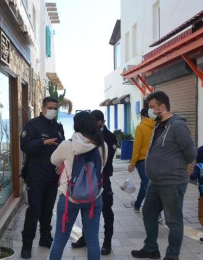 Bodrum'da güneşli havanın keyfini turistler çıkardı