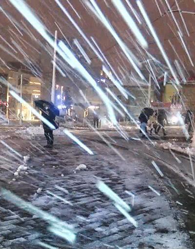 Kar yağışı Marmara Bölgesi'nde etkili oluyor