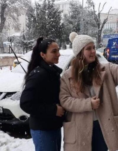 Saray'da kar yağışı