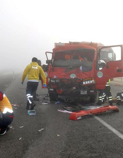Tek şeride düşürülen yolda peş peşe kazalar: 3 yaralı