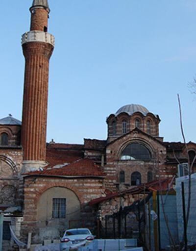 Molla Gürani Camii'ndeki restorasyonda 700 yıllık mozaikler ortaya çıktı