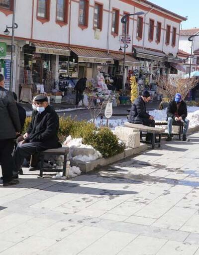 Son dakika haberi: Bakan Koca paylaştı: Vaka sayısı en çok artan ve azalan şehirler