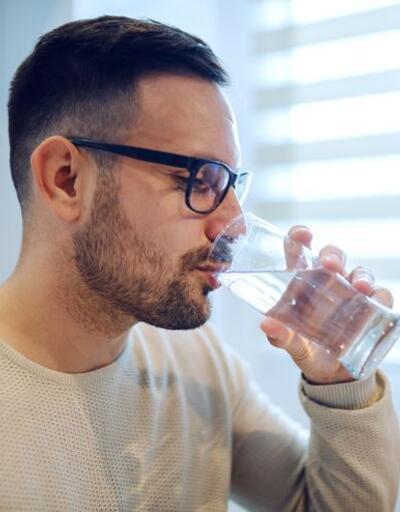 Fazlası zarar! Aşırı su içmenin vücuda 5 negatif etkisi