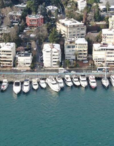 İstanbul Boğazı'ndaki sahiller tekne ve yat işgali altında