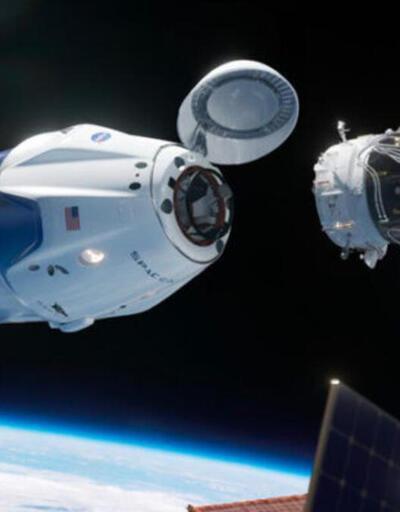 Tüm masrafları karşılayacak: Japon milyarder, Ay seyahati için kendisine eşlik edecek 8 kişi arıyor