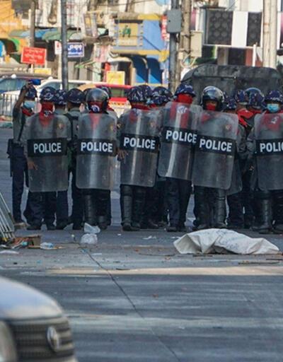 Myanmar'da darbe karşıtı gösteriler: 33 ölü