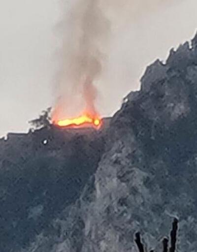KKTC'de tarihi kalede yangın!
