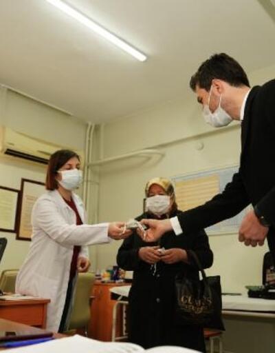 Başkan Karagöl'den, kadın sağlık çalışanlarına 8 Mart ziyareti