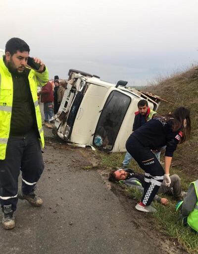 Takla atan kamyonette 2 kişi yaralandı
