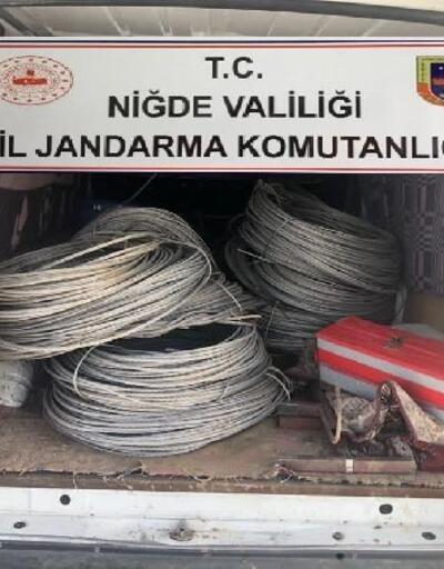 Çiftçilerin kablolarını çalan 4 kişi yakalandı